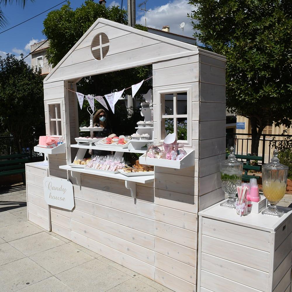 Candy bar με θέμα την πεταλούδα στην βάπτιση της μικρής Νίκης