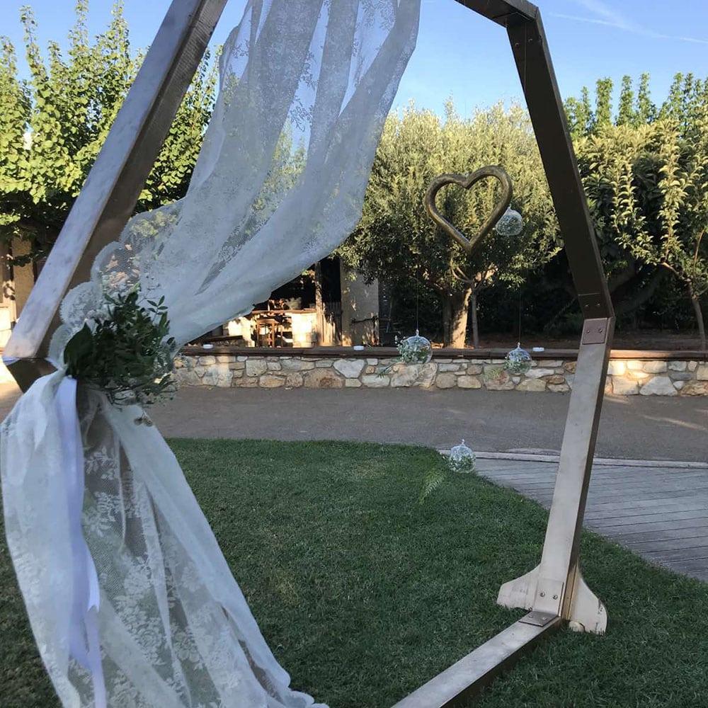 Ο γάμος του Νίκου και της Μαργαρίτας